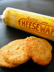 Mamie's Cheese Wafers