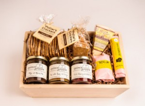 Quince and Apple Gift Box