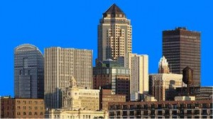 Des Moines Skyline StateGiftsUSA.com