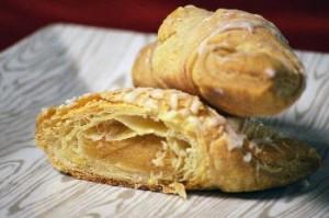 New Glarus Bakery StateGiftsUSA.com/made-in-wisconsin